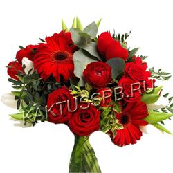 """Букет с ранункулюсами, розами и герберами """"Страстный"""""""