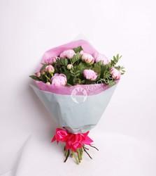 Букет из 9 розовых пионов