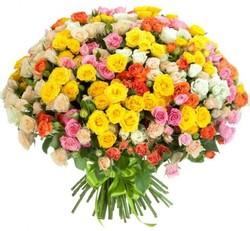 Букет кустовых роз №68