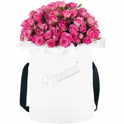 Композиция с розовыми кустовыми розами №8