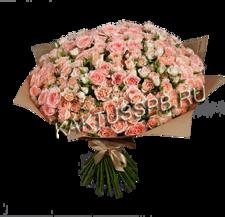 Букет розовых кустовых роз №1