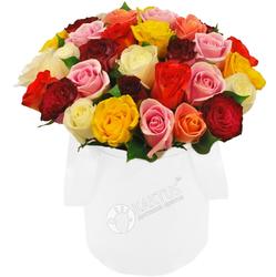 Композиция с разноцветными розами №11