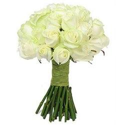 Букет невесты в классическом белом стиле №5