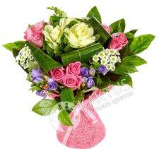 Брассика и розы. Доставка цветов в Санкт-Петербурге.