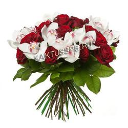Букет роз и орхидей