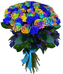 Букет синих и радужных роз