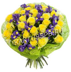 """Букет желтых роз с ирисами """"Весенний комплимент"""""""
