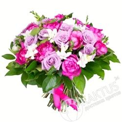Сиреневый букет роз.