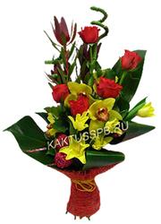 Букет из красных роз и желтых лилий