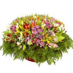 """Корзина тюльпанов """"Весенний дар"""""""