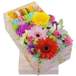 Макарони с цветами.