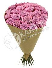 Букет сиреневых роз в крафте