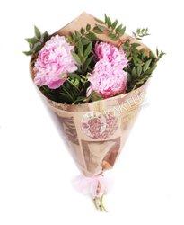 Букет розовых пионов
