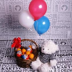 Фруктовый набор №1 с мандаринами, киндер-сюрпризами, игрушкой и шариками