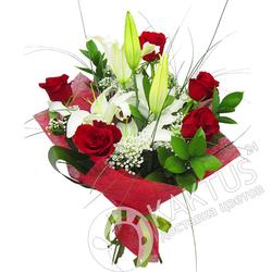Букет лилий и роз.
