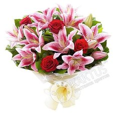 Лилии и розы с доставкой.