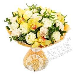 Желтые орхидеи и белые розы с доставкой.