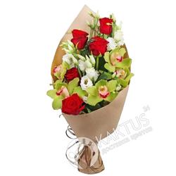 Орхидеи и розы в крафте.