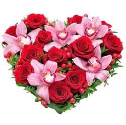 """Сердце из роз и орхидей """"Самана"""""""