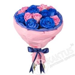 Синие и розовые розы.